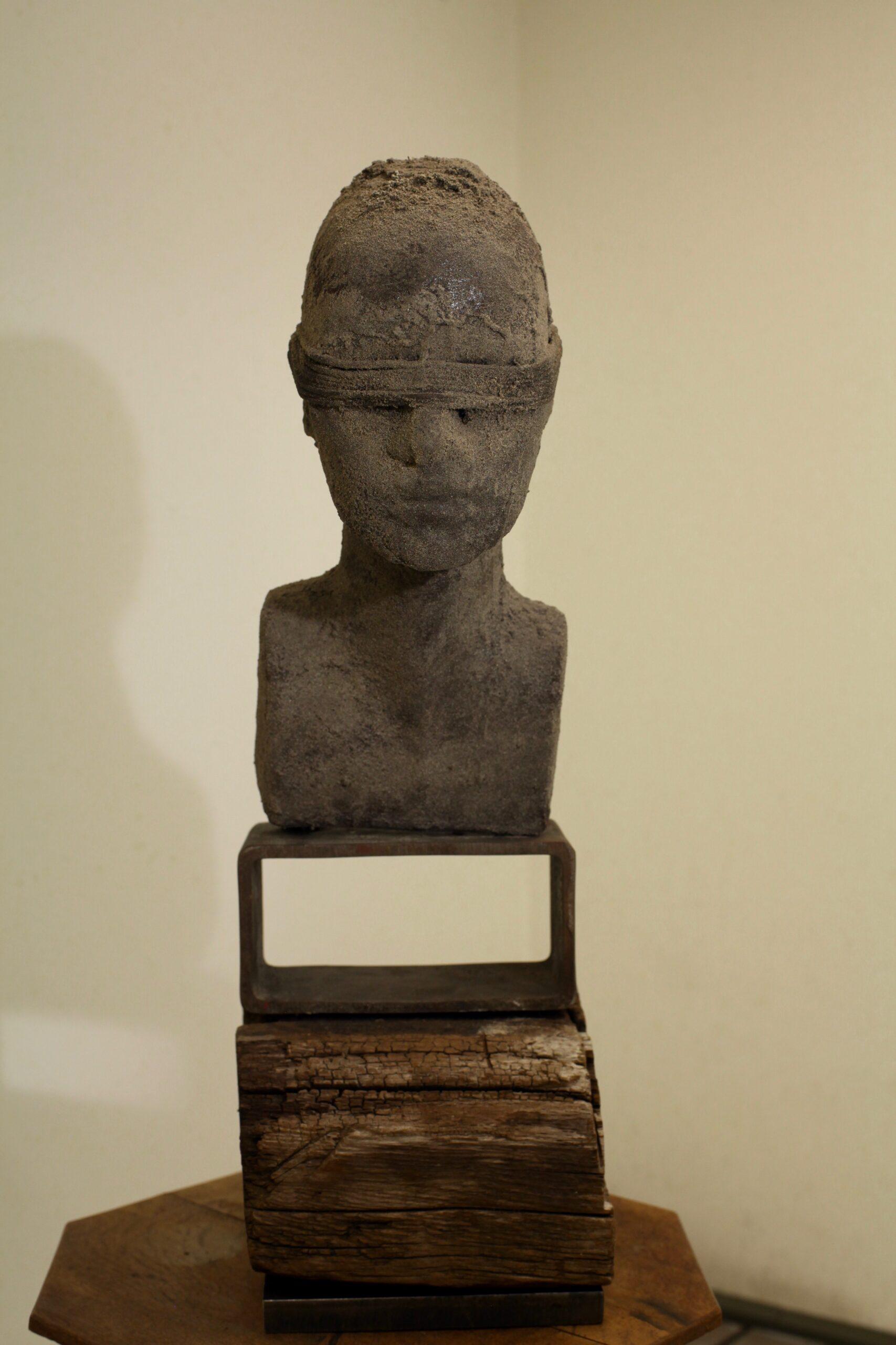 Ell Geeh sculpture